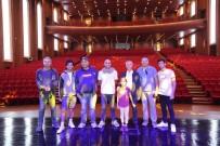 ALİ SUNAL - 'Güldür Güldür Show' Ekibinden Şahinbey Kongre Ve Sanat Merkezine Tam Not