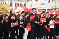 KLASİK OTOMOBİL - Kadıköy'de 29 Ekim Meşalesi Yakıldı