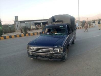 Pakistan'da Patlama Açıklaması 5 Yaralı