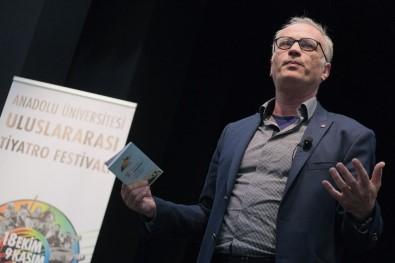 Uluslararası Tiyatro Festivali'nde 'Sanat Ve Zanaat İlişkisi' Konuşuldu
