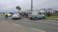 MEHMET SEZGIN - Fatsa'da Trafik Kazası Açıklaması 3 Yaralı