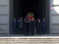 DELGADO - İspanya'da diktatör Franco'nun mezarı nakledildi