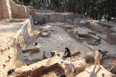 (Özel) Yumuktepe'de 7 Bin Yıllık Özel Mimari Kale Duvarı