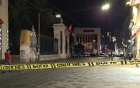 BOMBA İMHA UZMANI - İstiklal Caddesi'nde Şüpheli Paket Alarmı