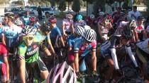 ÇATALHÖYÜK - Bisiklet Açıklaması Türkiye Şampiyonası 4. Etap Puanlı Yol Yarışları