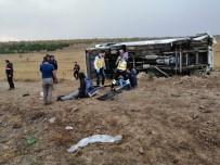 Yozgat'ta Öğrencileri Taşıyan Otobüs Devrildi Açıklaması 26 Yaralı