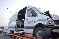 BASıN EKSPRES YOLU - Basın Ekspres Yolunda Servis Aracı Otomobile Çarptı Açıklaması 1 Ağır Yaralı