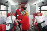 AK Partililer 'Kan Ver Hayat Kurtar' Kampanyasına Katıldılar