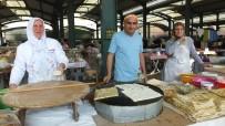 Balıkesir'de 'Hanımeli Pazarı' Kadınları İş Sahibi Yaptı