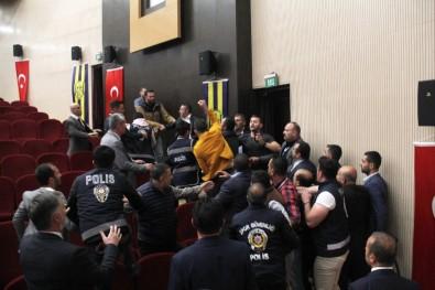 Ankaragücü Genel Kurulu'nda arbede