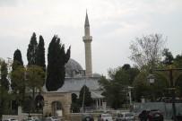 RÜSTEM PAŞA - Tarihi Rüstem Paşa Camii İlk Günkü İhtişam Ve Estetiğine Kavuştu