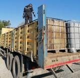 AKARYAKIT KAÇAKÇILIĞI - İzmir'de 5 Ton Kaçak Akaryakıta El Konuldu