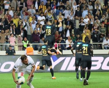 Süper Lig Açıklaması Yeni Malatyaspor Açıklaması 2 - Denizlispor Açıklaması 0 (İlk Yarı)