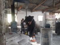 PAZARKÖY - Yabancı Uyruklu İşçi Elini Makineye Kaptırdı