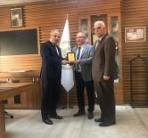 DINDAR - Diyanet İşleri Başkan Yardımcısı Dr. Burhan İşleyen'den Anlamlı Plaket