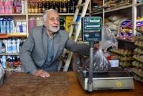 Hayırsever Vatandaş 'Veresiye Defteri'ni Satın Aldı