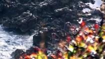 GÜNCELLEME - Kayalıklarda Mahsur Kalan Balıkçılar Kurtarıldı