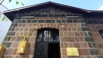 GEZİCİ KÜTÜPHANE - Atıl Tarihi Konak Restore Edilip Kütüphaneye Dönüştürüldü