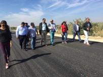 Elbeyli'de Köy Yolları Yapılıyor