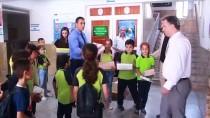 BAHATTİN ÇELİK - Siirt'te Hayırsever İş Adamından Öğrencilere Ayakkabı Yardımı