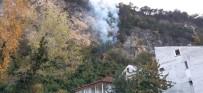 BARTIN VALİSİ - Bartın'da Orman Yangını Köyü Tehdit Ediyor
