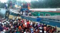 YOLCU TRENİ - Bangladeş'te İki Tren Çarpıştı Açıklaması 16 Ölü, 48 Yaralı
