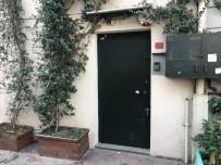 GARIBAN - İngiliz Ajanın Evinin Önündeki Suriyeli Mendilci Kayıplara Karıştı