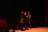 GEBZELI - Tiyatro Severler Gebze Kültür Merkezi'nde Buluştu