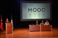 HOLOGRAM - Kitlesel Açık Çevrimiçi Dersler Konulu Panelde Teknoloji Ve Eğitim Konuşuldu