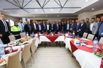 VAHDETTIN ÖZKAN - Suriyeli Kanaat Önderleriyle Toplantı
