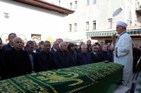 FUTBOL YORUMCUSU - Eski Milli Futbolcu Oğuz Çetin'in Babası Son Yolculuğuna Uğurlandı