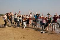 KıZKALESI - 5 Ülkeden 30 Çevre Dostu Genç Kızkalesi'nde