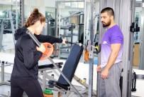 MİLLİ BOKSÖR - Avrupa Şampiyonu Buse Naz Çakıroğlu Açıklaması 'Hedefim Olimpiyat Şampiyonu Olmak'