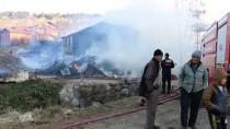 ADEM ÖZTÜRK - Bolu'da Bir Köyde 4 Ev, 6 Samanlık, Bir Ahır Yandı