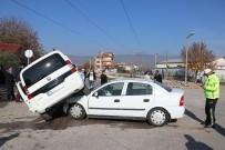 MUSTAFA SAVAŞ - Bolu'da Trafik Kazası Açıklaması 2 Yaralı