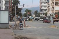 KıZıLCA - Büyükşehir'den Finike'de Hummalı Çalışma