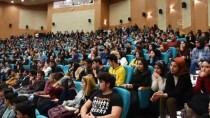 MUHARREM ERTAŞ - KAEÜ Rektörü Karakaya, Bağlama Çalıp Öğrencilerle Türkü Söyledi