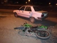 Motosiklet İle Otomobil Çarpıştı Açıklaması1 Yaralı