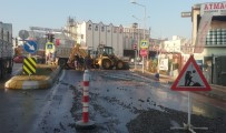 Patlayan Boru 4 Mahalleyi Susuz Bıraktı