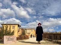 EROL BÜYÜKBURÇ - Yıldız Kenter'in İsmi Sanatçıların Köyünde Yaşatılacak