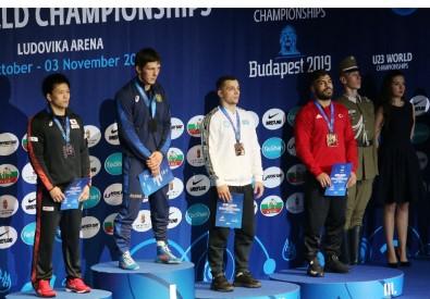 23 Yaş Altı Dünya Güreş Şampiyonası'nda Bronz Madalya Yağdı