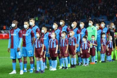 Süper Lig Açıklaması Trabzonspor Açıklaması 0 - Göztepe Açıklaması 1 (İlk Yarı)