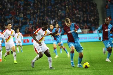 Trabzonspor'a Evinde Şok
