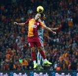 ROBİNHO - Süper Lig Açıklaması Galatasaray Açıklaması 0 - Medipol Başakşehir Açıklaması 0 (İlk Yarı)