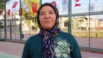 HÜLYA AVŞAR - 67'Lik Tenisçiye Hülya Avşar'dan Maç Daveti