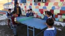 Dağ Köyü, El Ele Veren Öğretmen Çiftin Yuvası Oldu