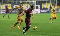 HASAN KAYA - Trabzonspor Liderliğe Yükseldi