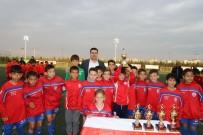 ÇOCUK HAKLARı GÜNÜ - Çocuk Hakları Futbol Turnuvasının Şampiyonu Altınordu Oldu