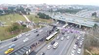 YAYA TRAFİĞİ - Altunizade Metrobüs Durağındaki Yoğunluk Havadan Görüntülendi