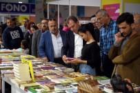 İLYAS SALMAN - Belediye Başkanları, Kitap Fuarında Kitapseverlerle Buluştu